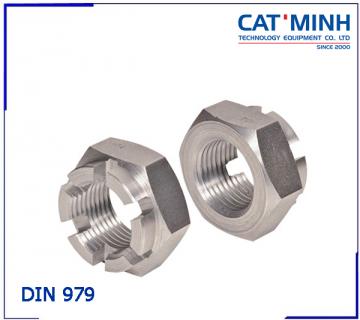 Tán chẻ(đai ốc xẻ rãnh) DIN 979